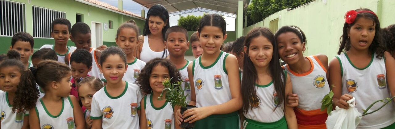 SEAGRI E LELIS FAZEM PLANTIO DE MUDAS