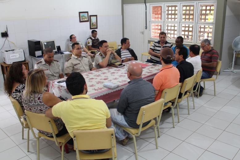 REUNIÃO SOBRE O DESFILE CÍVICO-MILITAR DE 7 DE SETEMBRO