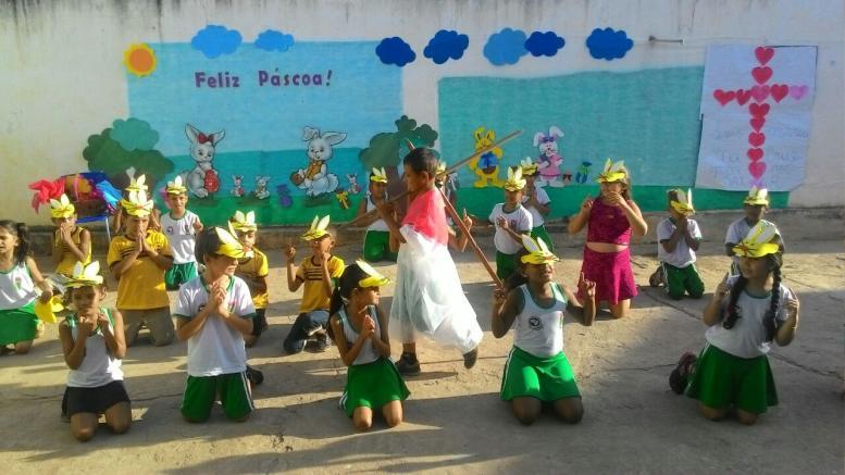 """A Escola D. Pedro II realizou  culminância do """"Projeto Páscoa"""""""